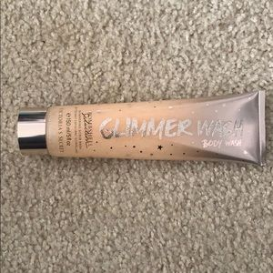 Victoria's Secret Glimmer Body Wash